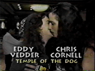 Eddie Vedder And Chris Cornell Kissing Eddie Vedder  57 150
