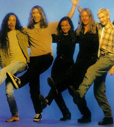 http://web.stargate.net/soundgarden/images/rip196-2.jpg
